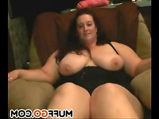 Big breasted BBW masturbates