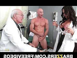 Beautiful doctors assistant Destiny Dixon fucks her hung patient