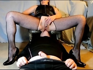 Ass Licking Hottie In His Box